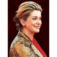 Thumb_deneuve_mattkingston_wikimedia_cc
