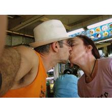 Thumb_kiss_urban_don_flickr_cc