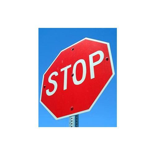 Normal_stop_ian_britton_freefoto_cc