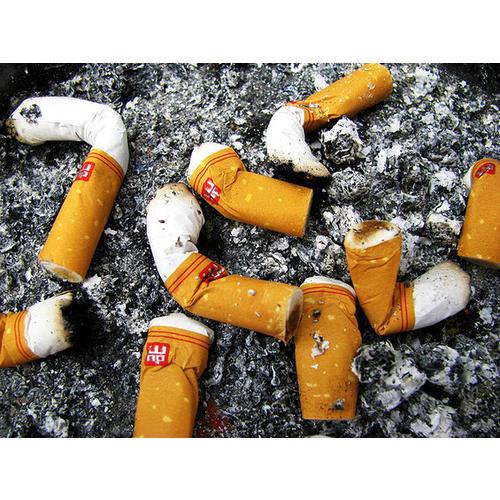 Normal_smoking_flickrcc1