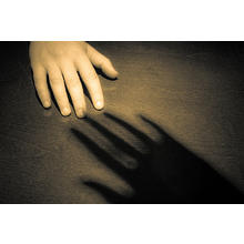Thumb_shadow_touch