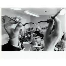 Thumb_in_class