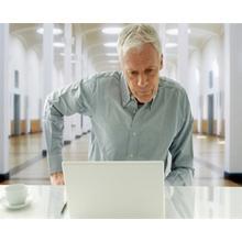 Thumb_old-man-on-laptop