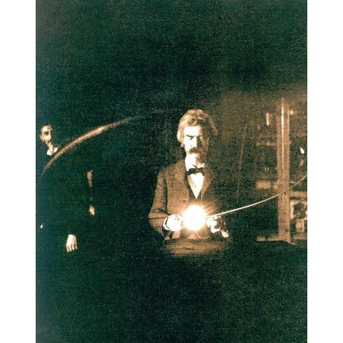 Normal_mark_twain_in_the_lab_of_nikola_tesla_1894