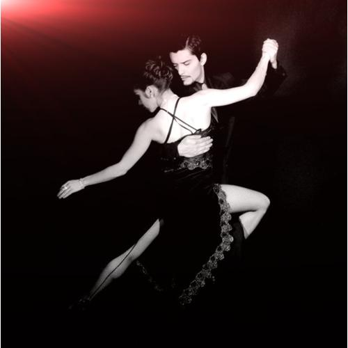 Normal_tango_dance_01