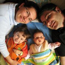 Thumb_family
