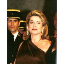 Thumb_catherine_deneuve_cannes_2
