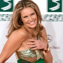 Thumb_elle_macpherson__women's_world_awards_2009_d
