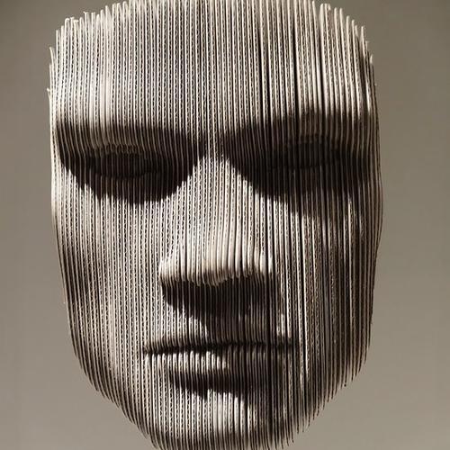 Normal_head-102580_640