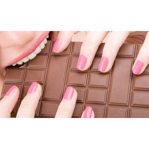 Normal_eating-chocolate4