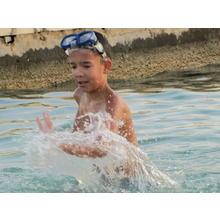 Thumb_water_is_a_pleasure_in_every_summer.jpg