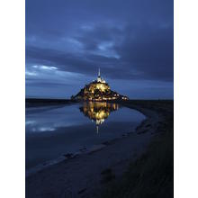 Thumb_1024px-mont-saint-michel-at-night
